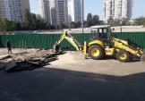 У 111-й школі на Здолбунівській триває ремонт асфальту