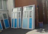 На Позняках триває заміна вікон у багатоповерхівках