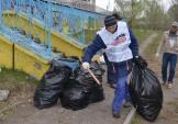Зібрали на берегах Жандарки до тисячі кілограмів сміття.