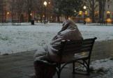 Як допомогти безхатченкам взимку