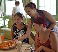 Майстер-клас з приготування піци 01.08.2015