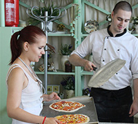 Майстер-клас з приготування піци 25.07.2015