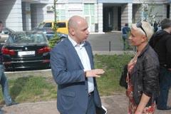 Зустріч з виборцями вул. Бажана 10