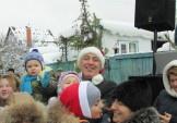 На Осокорках засяяла новорічна ялинка